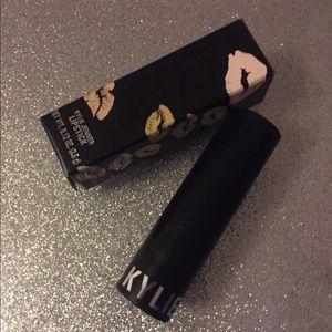 🌟3 for $23. Kylie Creme Lipstick - Dulce de leche